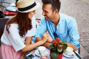 voyance-au-feminin-ch-partenaire-de-vie