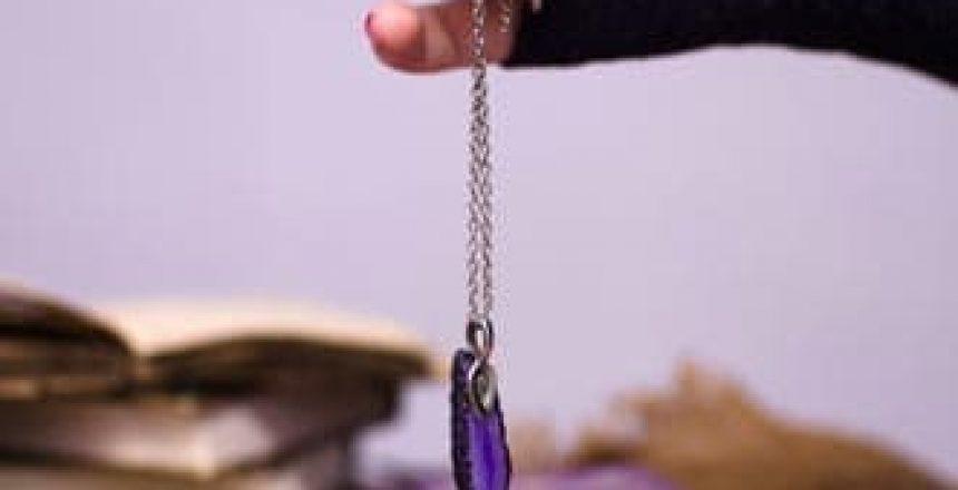 voyance-au-feminin-ch-article-blog-comment-choisir-son-pendule